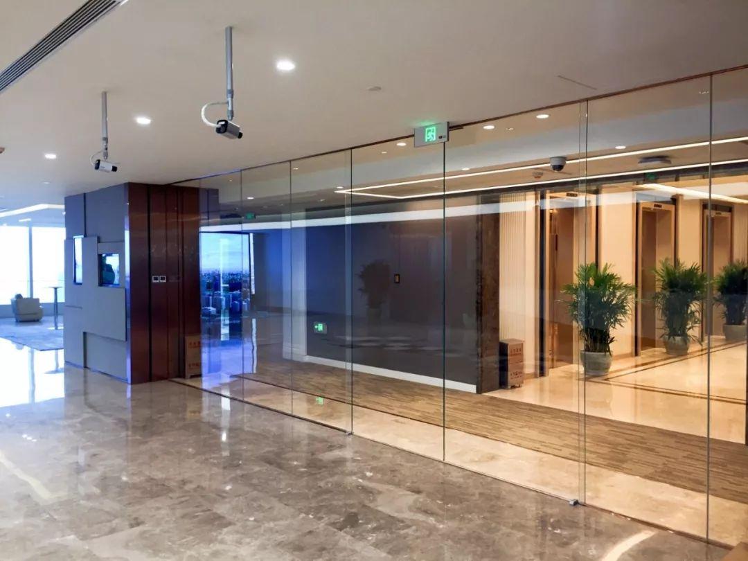 北京正大中心办公室楼松下自动平移门控方案