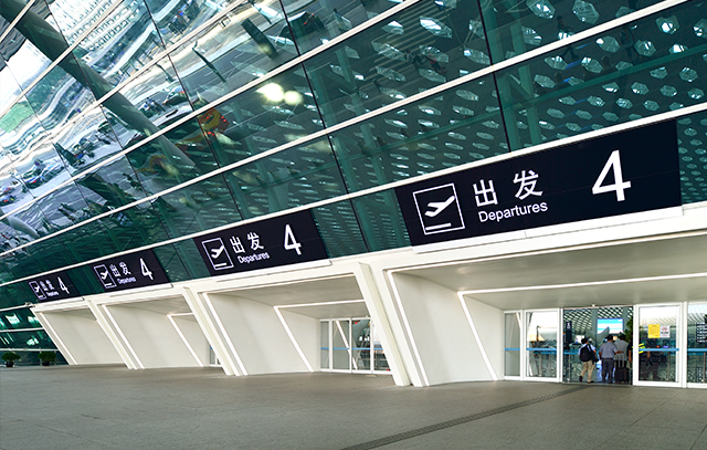 西安天卓机场航站楼自动门解决方案,安全可靠灵活